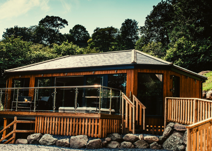 WIN A 2 NIGHT STAY IN A LUXURY LODGE 2